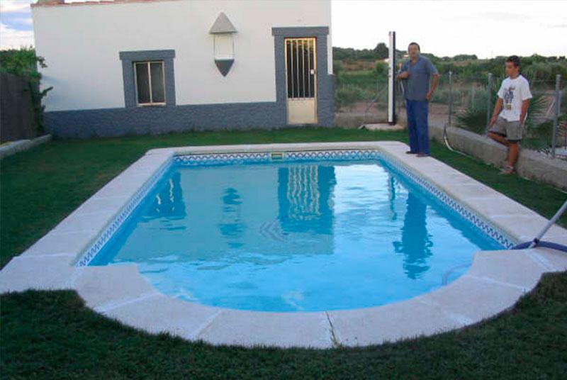 Piscinas de poliester en murcia elegant piscina modelo - Piscinas prefabricadas precios ...